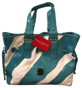Dooney & Bourke Tote in turquoise