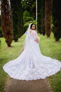 Casablanca White Alencon Lace Plumeria 2269 Traditional Wedding Dress Size 16 (XL, Plus 0x)