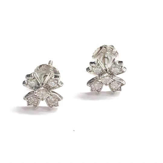 Preload https://img-static.tradesy.com/item/24373976/tiffany-and-co-platinum-and-diamond-platinum-guaranteed-comes-with-a-box-earrings-0-0-540-540.jpg