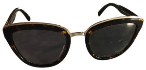 Diff Oversized Cat Eye Sunglasses With Gold Hardware
