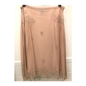 French Connection Skirt pink nude. rose