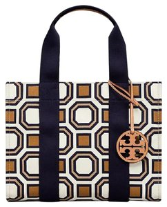 Tory Burch Tote in New Ivory/Multi