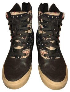 1f8b5430e97 Vans Boots   Booties - Up to 90% off at Tradesy