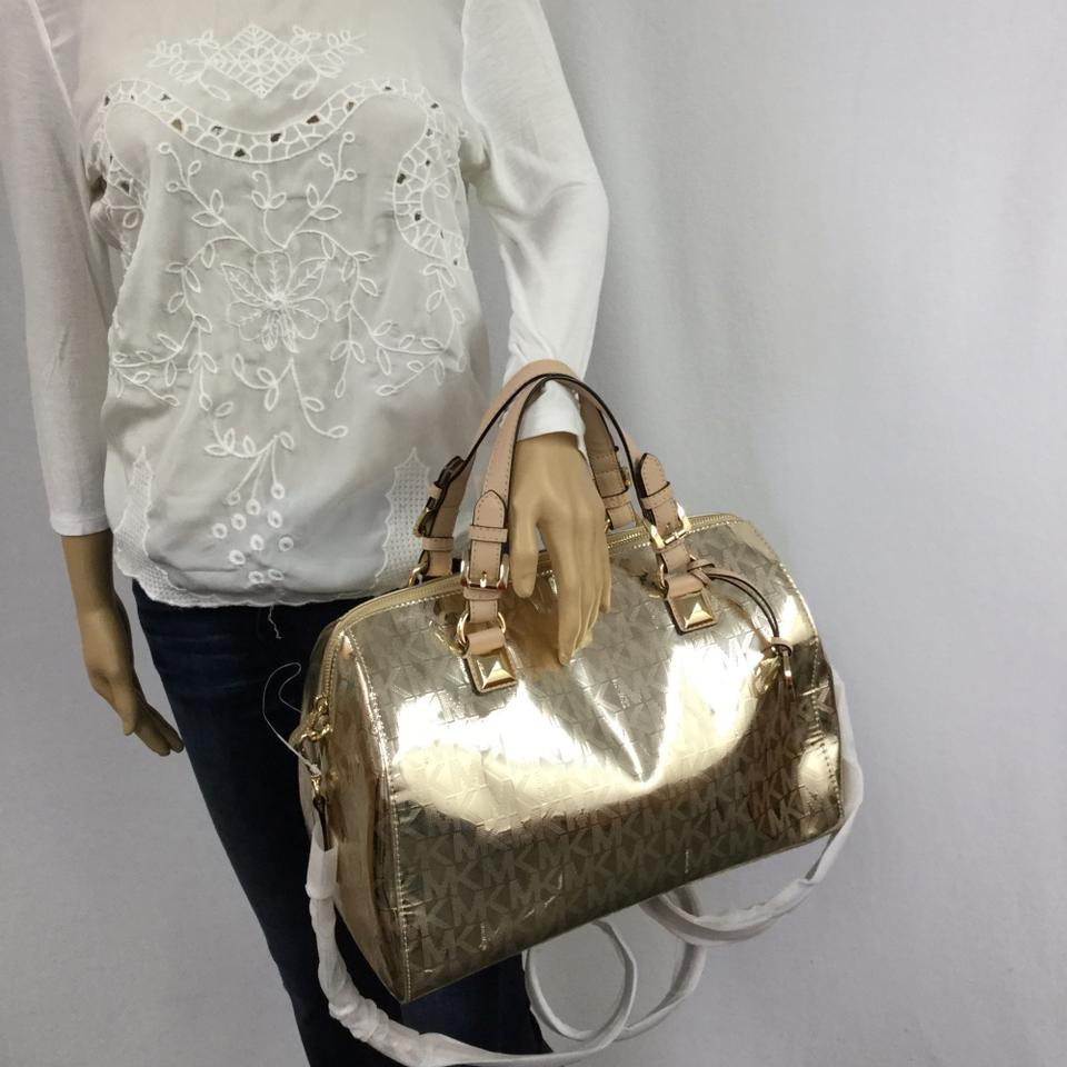 f3a6e3669272 Michael Kors Grayson Leather Handbag Satchel in Pale Gold Image 11.  123456789101112