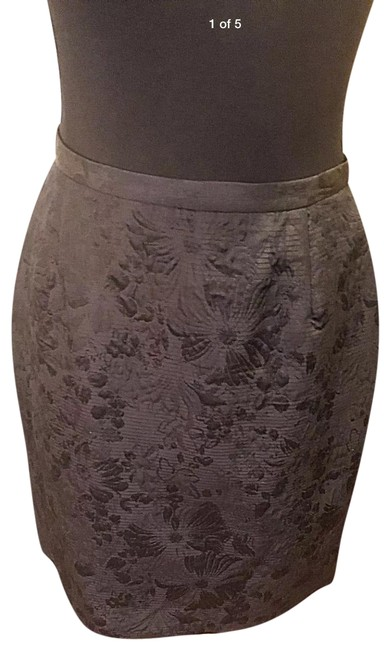Item - Black Silk Blend with Floral Brocade Skirt Size 4 (S, 27)