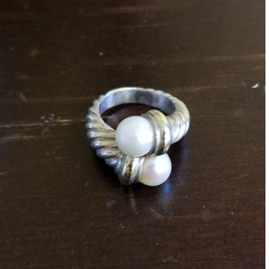 David Yurman David Yurman Pearl Silver 14K gold bi pass ring