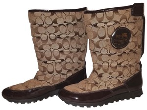 Coach Euc Monogram 9.5 B Brown Boots
