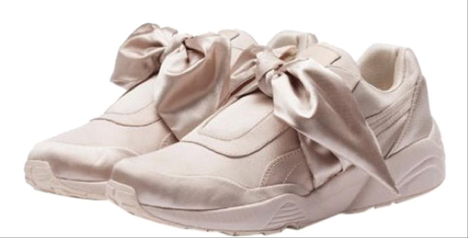 wholesale dealer 84c4a f1c43 FENTY PUMA by Rihanna Pink Trinomic Bandana Satin Sneakers Size US 9  Regular (M, B) 20% off retail