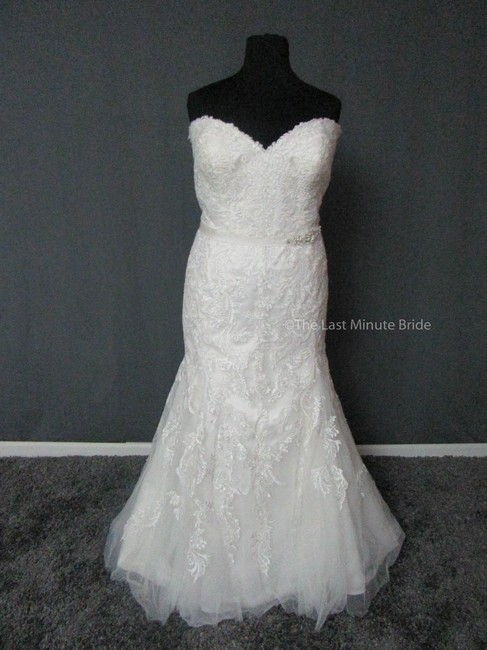 Item - Ivory Lace Winstyn 5ms694 Feminine Wedding Dress Size 24 (Plus 2x)