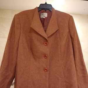 Le Suit Petite herring bone Tweed mix of fall to winter muted brown, orang gray Blazer