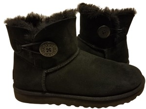 f08d3ac739b UGG Australia Boots & Booties - Up to 90% off at Tradesy