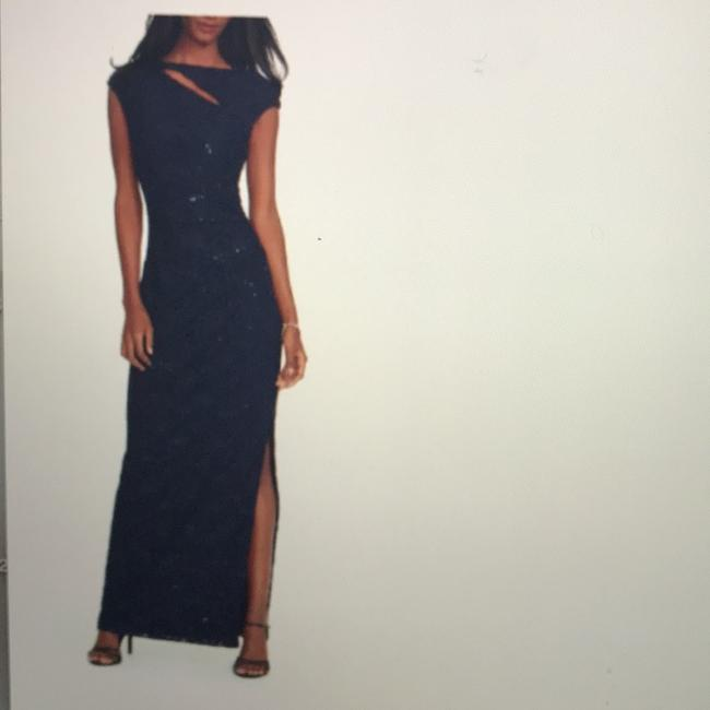 Item - Navy Sequin Lace Gown Formal Bridesmaid/Mob Dress Size 8 (M)