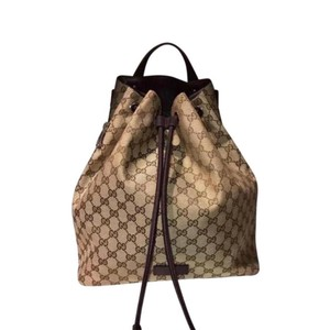2f328cd10a83 Gucci Floral W/Bird and Bee Patches 419584 8936 Blue Gg Supreme Canvas  Backpack. $2,586.29. 12