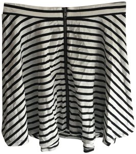 American Eagle Outfitters Mini Skirt Black and White stripe