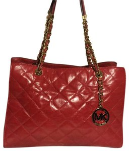e873b5721201 Michael Kors Susannah bags, accessories & more - Up to 70% off at ...