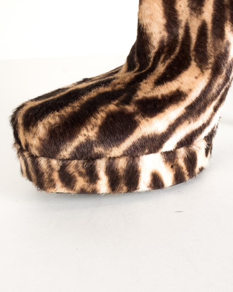 3d9e4468f9e8 Gucci Brown Leopard Print Pony Hair Ankle Boots/Booties Size EU 38 ...