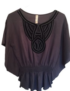 Andie Hart Top Grey