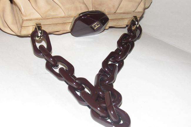 Escada Purses/Designer Purses Stone Colored Leather with A Brown Lucite Chain Strap and Clasp Fabric Shoulder Bag Escada Purses/Designer Purses Stone Colored Leather with A Brown Lucite Chain Strap and Clasp Fabric Shoulder Bag Image 12