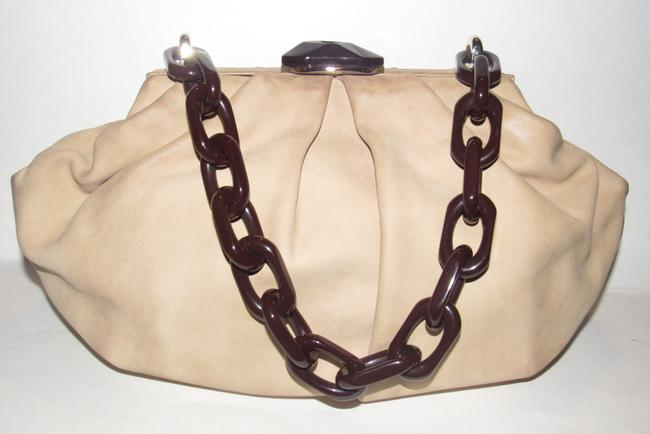 Escada Purses/Designer Purses Stone Colored Leather with A Brown Lucite Chain Strap and Clasp Fabric Shoulder Bag Escada Purses/Designer Purses Stone Colored Leather with A Brown Lucite Chain Strap and Clasp Fabric Shoulder Bag Image 9