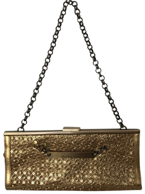 Item - Clutch With Chain Strap Gold Leather Shoulder Bag