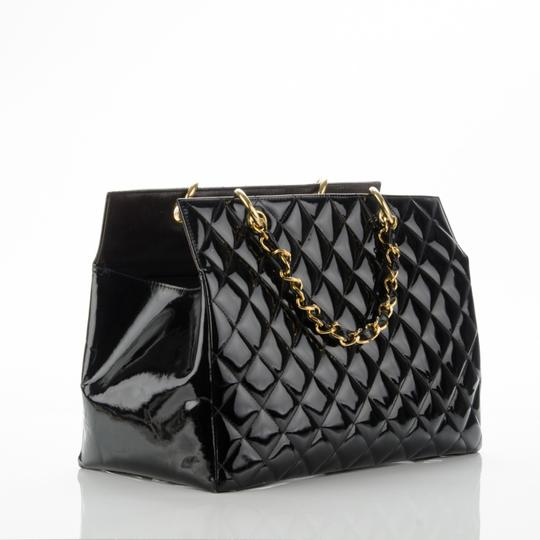 Chanel Gst Nicole Richie Vintage Patent Leather Tote in Black Image 2