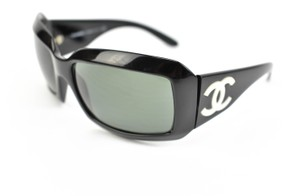 """Chanel & Mother-of-Pearl """"CC"""" Logo Polarized (vs)"""