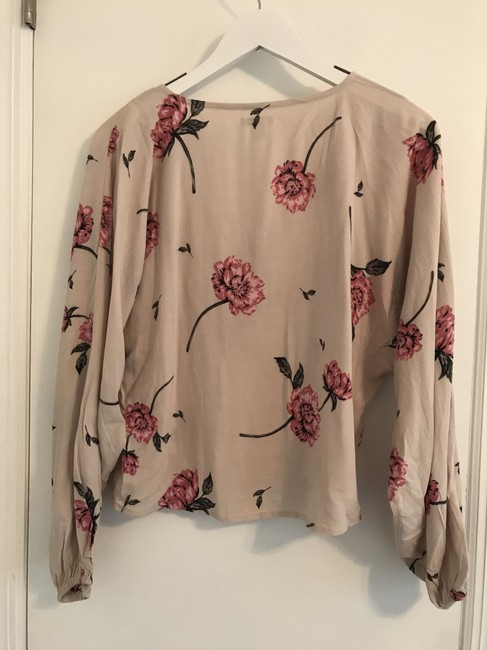 Amuse Society Flower Flowered Boho Bohemian Top cream and pink Image 2