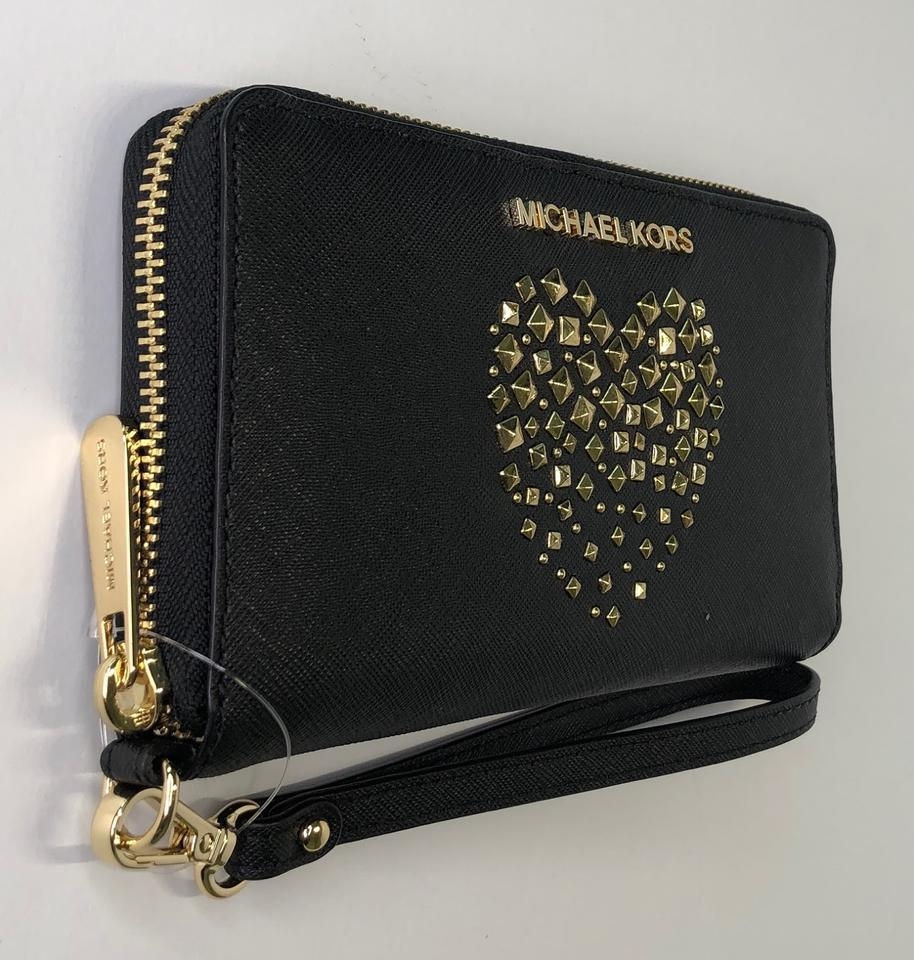 b195df67cc48 Michael Kors Blue Paisley Admiral Leather Wristlet in Black Studded Heart  Image 6. 1234567