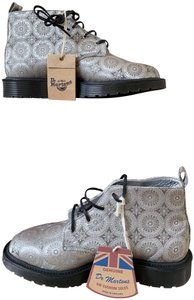 Dr. Martens Limited Edition Made In England Silk silver Boots