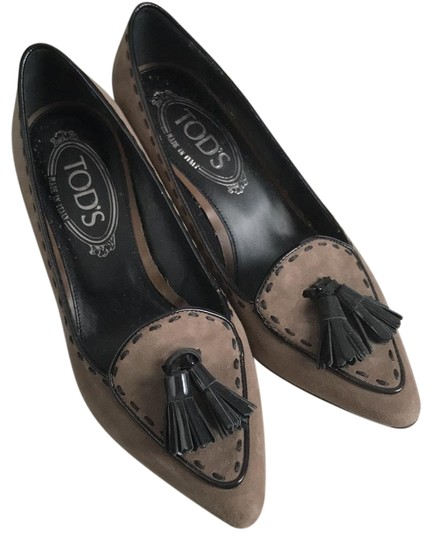 Tod's Black and Tan Pumps Image 0