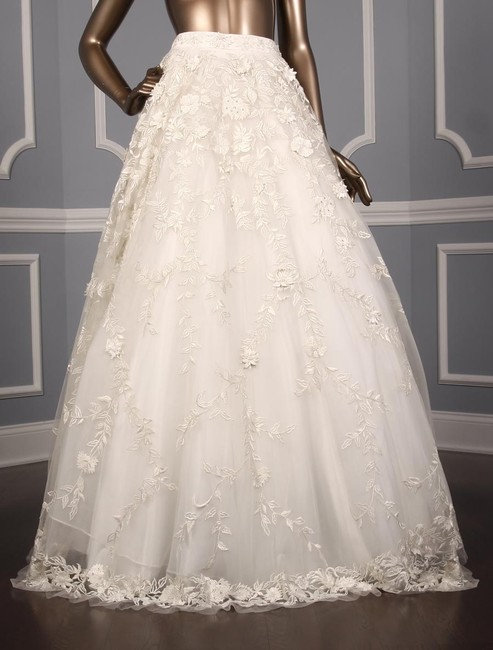 Item - Ivory Beaded Hand Embroidered Tulle Georgina C90060 Formal Wedding Dress Size 8 (M)