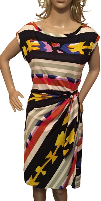 Preload https://img-static.tradesy.com/item/24389719/diane-von-furstenberg-multicolor-faux-wrap-mid-length-workoffice-dress-size-8-m-0-1-650-650.jpg