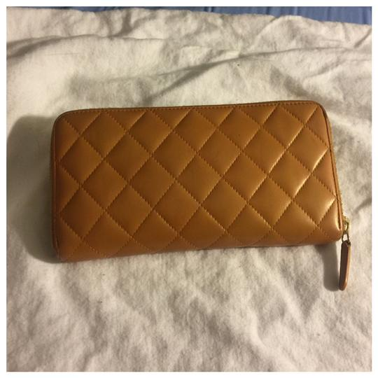 Chanel Authentic Chanel Brown Leather Zipper Women Wallet Image 1