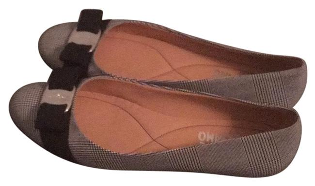 Item - Black and White Flats Size US 8 Narrow (Aa, N)