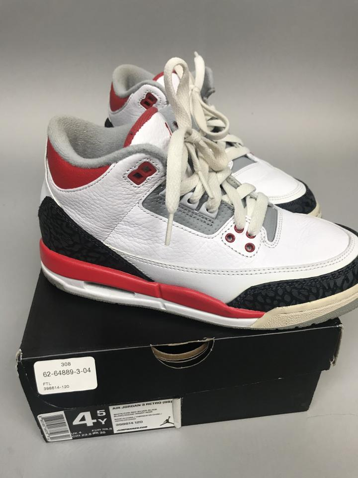 finest selection 3ff6a 5aa74 Nike White Red Grey Charcoal Air Jordan 3 Retro Gs Sneakers Size US 6  Regular (M, B) 55% off retail