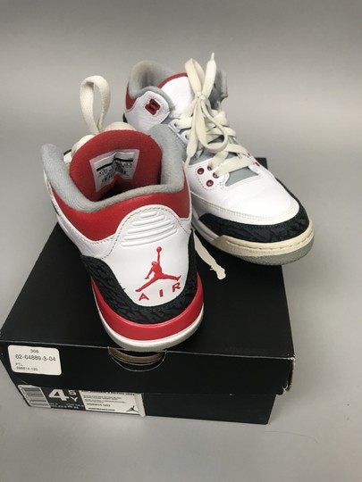 Nike Air Jordan Air Retro 3 white, red, grey, charcoal, Athletic Image 4