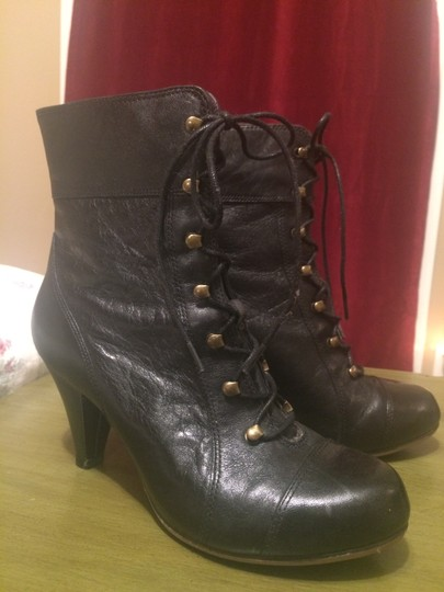 Clarks Leather Classic Winter Gold Hardware Black Boots Image 4
