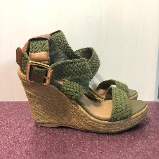 Steve Madden Army green. tan. Wedges Image 1