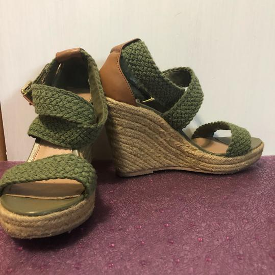 Steve Madden Army green. tan. Wedges Image 3