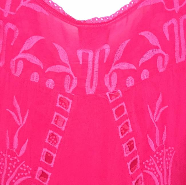 Johnny Was Short Sleeve Embroidered Swing Floral Cut-out Top pomegranate Image 6