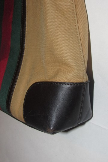 Gucci Red/Green Camel Canvas/Gold Hw Medium Satchel/Tote Excellent Condition Detachable Strap Satchel in tan canvas with red/green Shelly stripe & brown leather Image 3