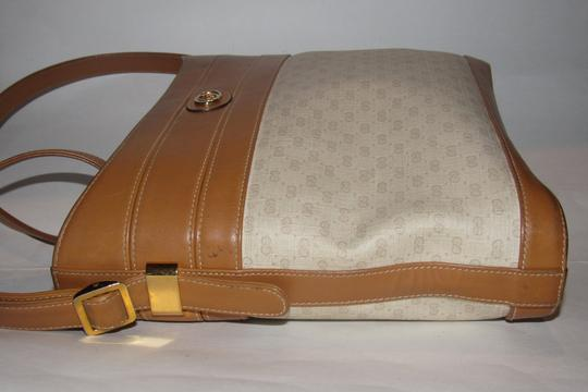 Gucci Bucket High-end Bohemian Mint Vintage & Color Rare Early Satchel in ivory coated canvas with camel small G logo print and camel leather Image 7