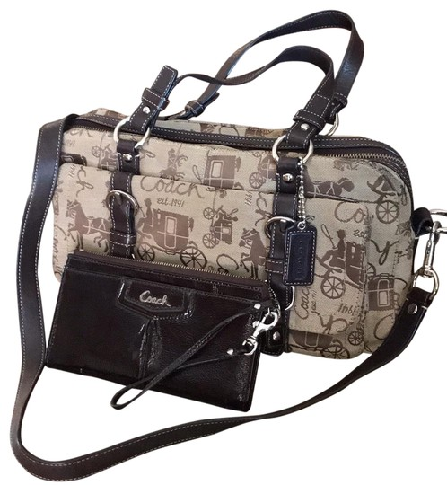 Preload https://img-static.tradesy.com/item/24392304/coach-brown-leather-and-canvas-cross-body-bag-0-1-540-540.jpg