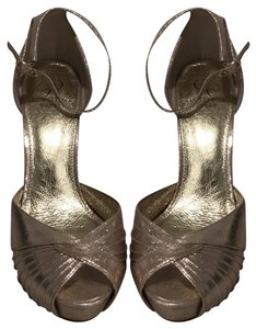 47fb12e8f03 Women s Gold Adrianna Papell Shoes - Up to 90% off at Tradesy