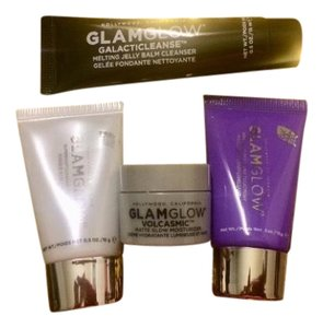 Glamglow 4 GLAMGLOW Radiant, Firming, Cleansing and Clearing Ultimate SkinCare Set