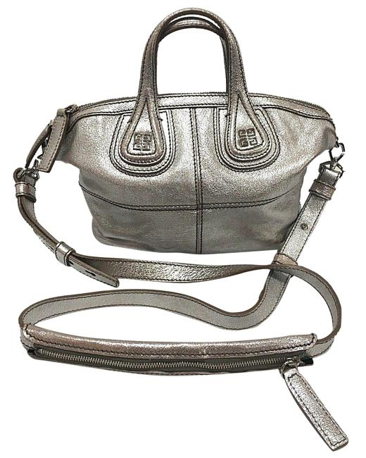 Item - Nightingale Smooth Micro Silver Goat Skin Leather Messenger Bag