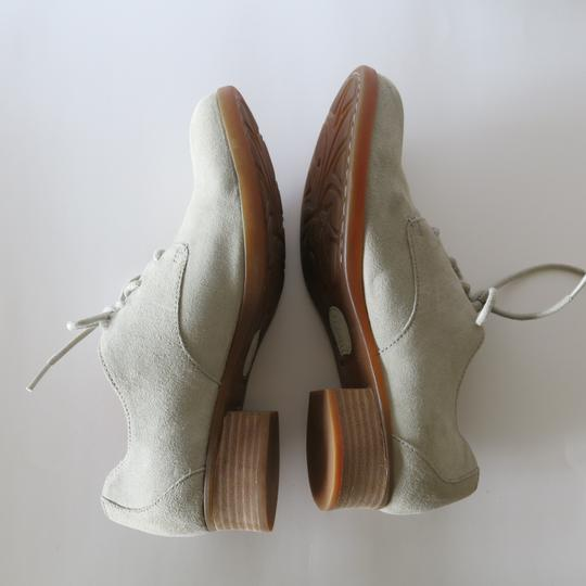 Brn Bucks Oxfords Suede Tan / White Flats Image 1