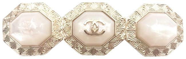 Item - Gold White Cc 3 Stone Octagon Long Brooch
