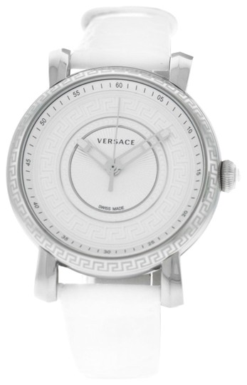 Preload https://img-static.tradesy.com/item/24396123/versace-white-silver-new-day-glam-vq9010014-steel-quartz-38mm-watch-0-1-540-540.jpg