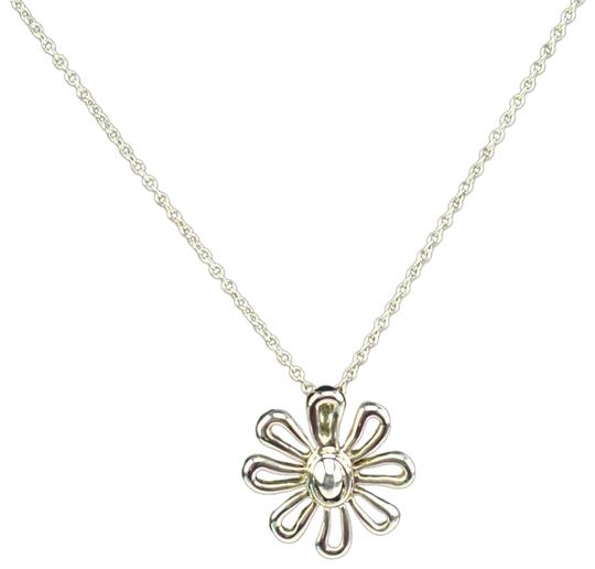 Preload https://img-static.tradesy.com/item/24396152/tiffany-and-co-paloma-picasso-sterling-silver-daisy-qn-necklace-0-1-540-540.jpg